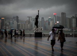 TOPSHOTS-HONG KONG-CHINA-WEATHER-TYPHOON
